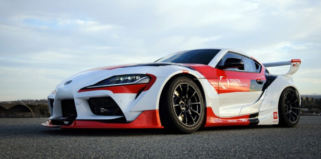 Autonomiczna Toyota Supra